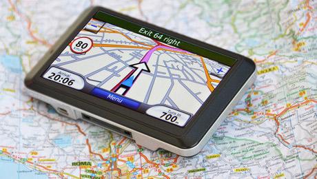 Navigable maps